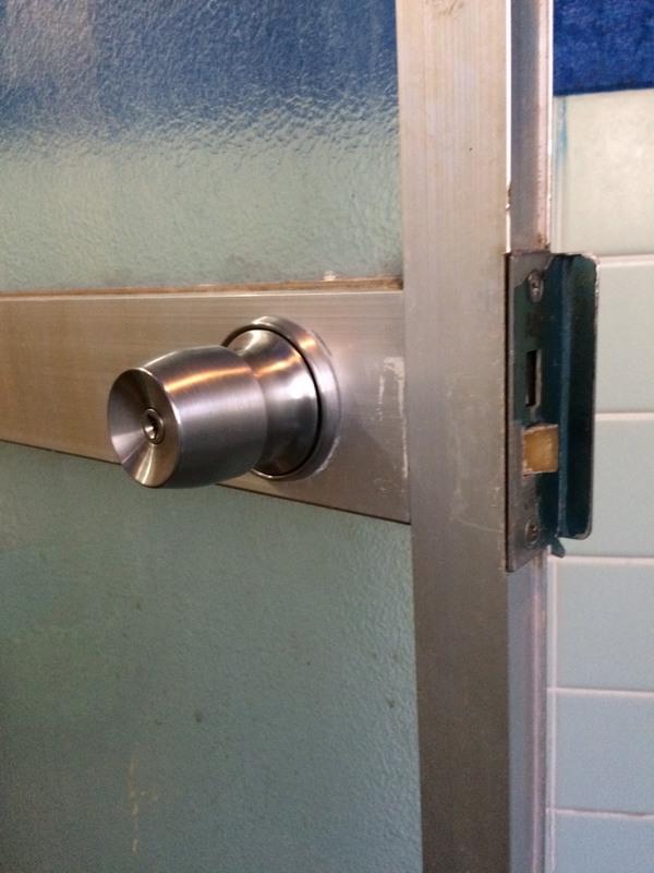東京都福生市 浴室のドアノブ交換 Y様宅